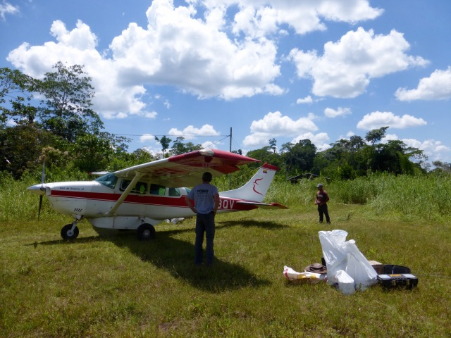 Unloading the aircraft (Eric and Pedro)